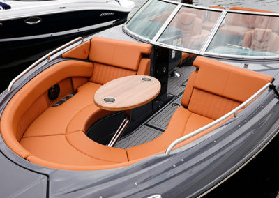 bow-seating